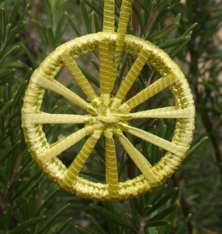 Dorset Button Kit - Christmas Crosswheel Lemon